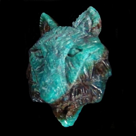 Wolf Head Turquoise Handcarved for Ring or Pendant