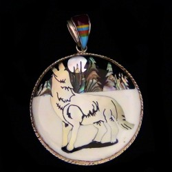 Howling Wolf in the Snow Sterlingsilver Pendant