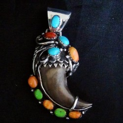 Navajo Bear Claw Gaspeit, Turquoise and Oyster Shell Sterlingsilver Pendant