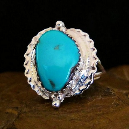 TURQUOISE  SILVER RING SIZE 7