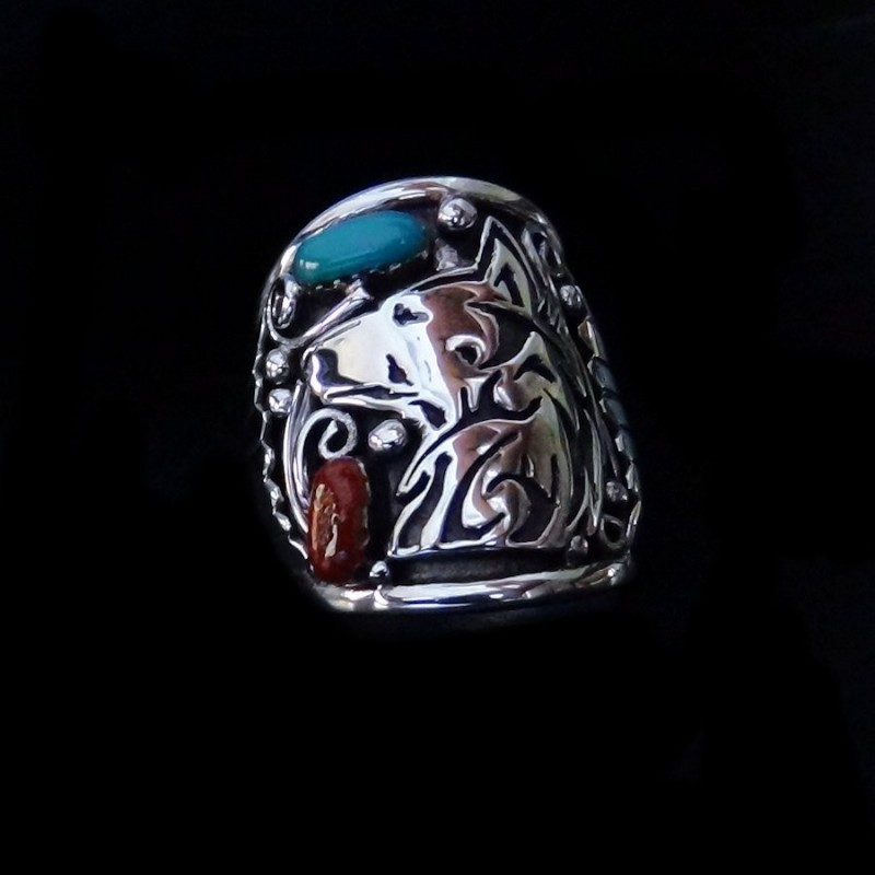 STERLING SILVER WOLF RING WITH STONES